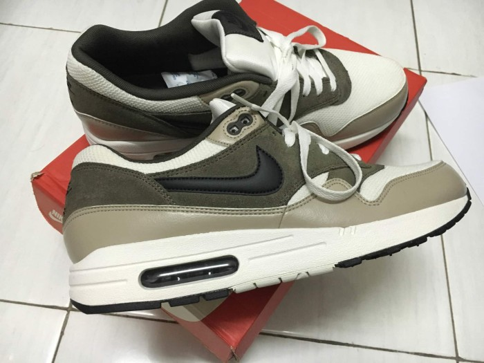 online store 8e1df c296d Nike Air Max 1 Essential size 45 ( second ) Very Good Condition