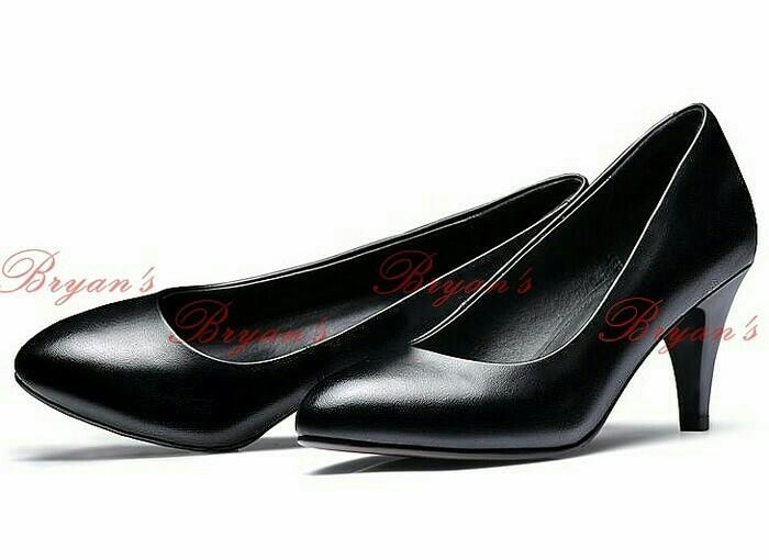 Sepatu kerja wanita pantofel high heels…