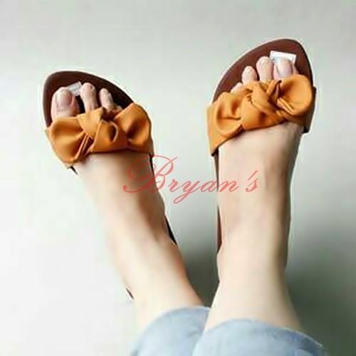Foto Produk Sandal Sendal Wanita Pita Alexa Ribon kuning kunyit dari Bryan's Shoes