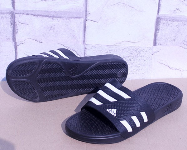 0d64ef1d3b5 Jual Sandal Adidas Climacool Navy Putih (sandal flip flop