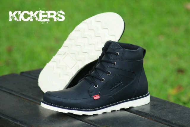 Sepatu Pria Kickers Rasmus Black Boots Kulit Buck Tracking Hiking