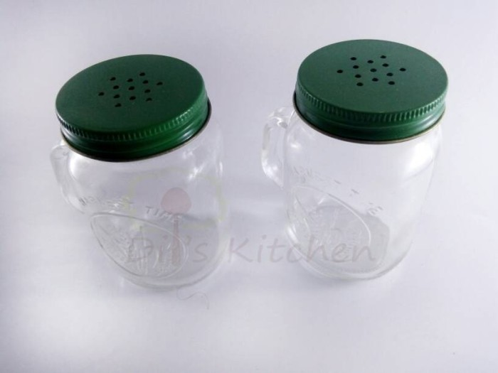 Set Botol Kaca Tempat Merica/ Lada/ Garam/ Gula Lucu Isi 2