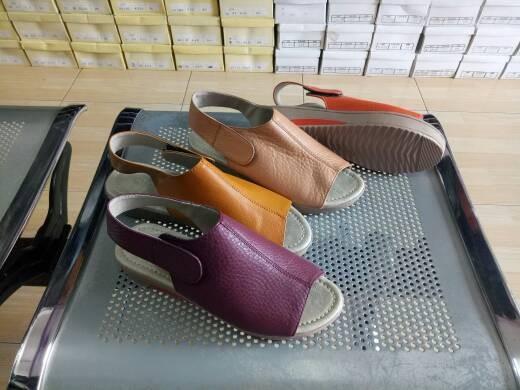harga Sepatu sendal wanita sandal wedges tali kulit sapi asli berkwalitas Tokopedia.com