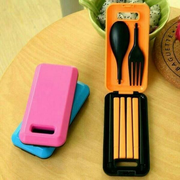 Sendok Travel peralatan makan portable Tangerang Jualo Source Sendok Travel Plastik Lipat Alat Makan Sendok Garpu