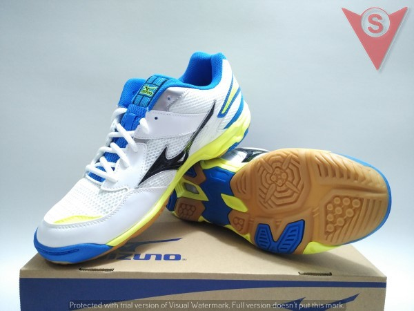 harga Sepatu badminton volly running - mizuno wave twister 4 #v1ga157008 Tokopedia.com