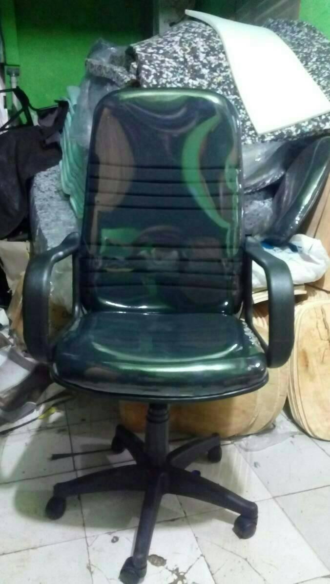 harga Promo kursi kerja direksi direktur gaming hitam + roda mobil keren Tokopedia.com