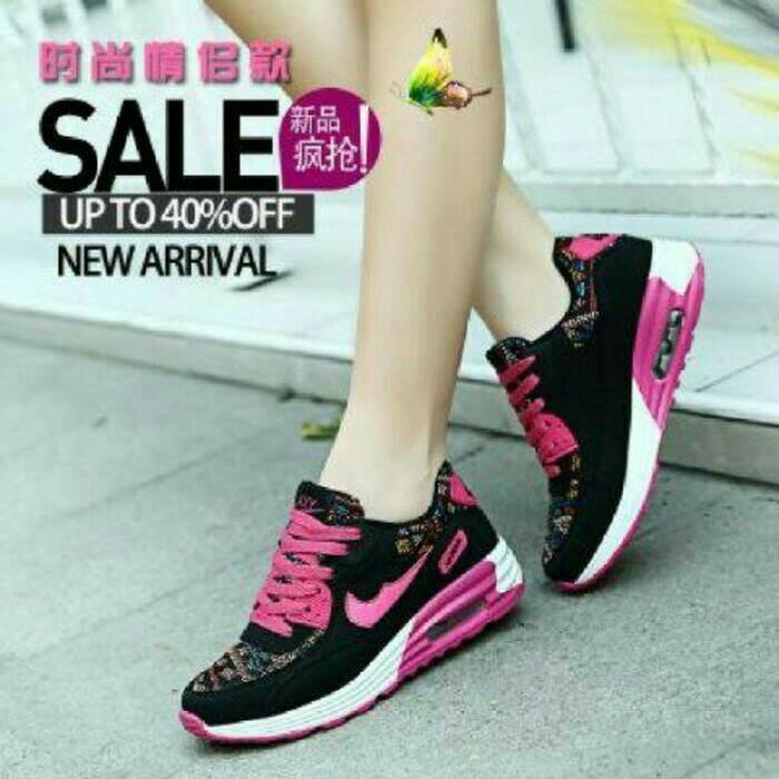 harga Sepatu kets sport nike airmax wanita batik etnik hitam pink putih Tokopedia.com