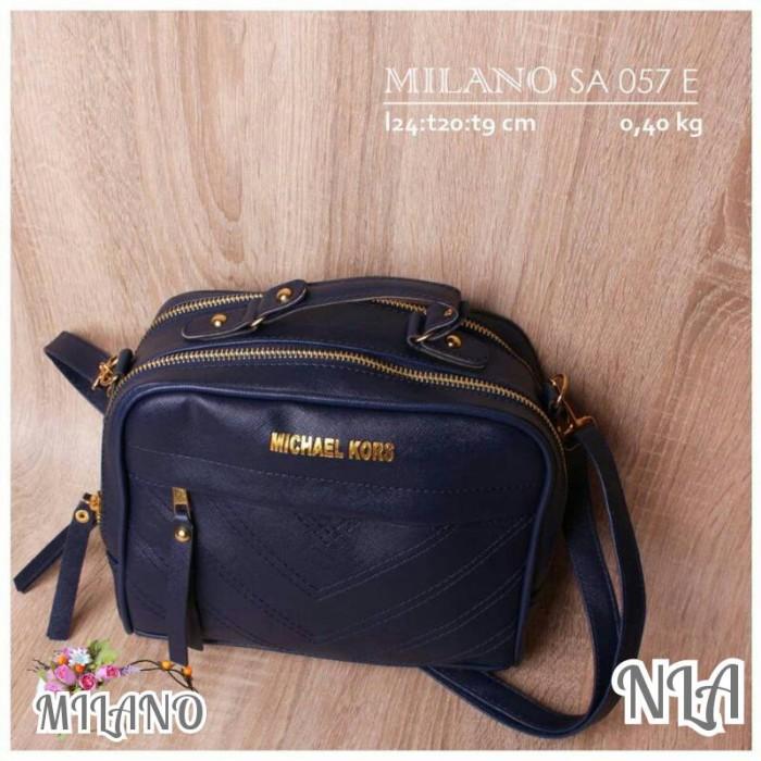 tas selempang wanita milano E / tas wanita / tas fashion .