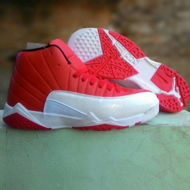 Jual Sepatu Basket Grade Original Nike Air Jordan 12 Merah Putih ... 2bf8579a83