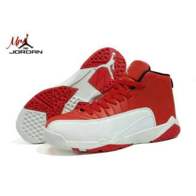Jual Sepatu Basket Grade Original Nike Air Jordan 12 Merah Putih ... e7604cdc2c