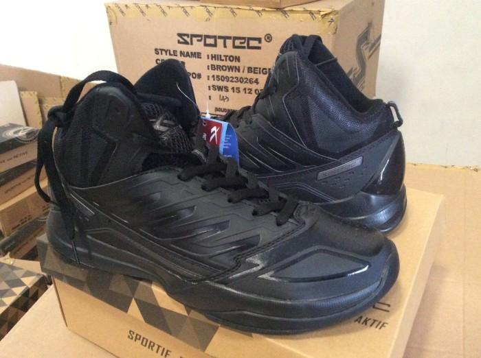 Sepatu Basket SPOTEC HORNETS Size 44-46
