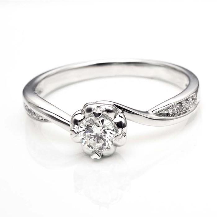 Tiaria dhtxhjz045 cincin tunangan emas berlian