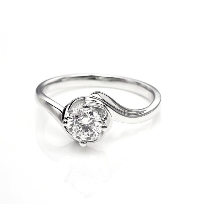 Tiaria dhtxdfj001 cincin tunangan emas berlian