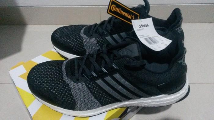 superior quality speical offer classic shoes Jual ADIDAS ULTRABOOST ST NEW COLOUR EUR 43 1/3 UK 9 US 9 1/2 BNIB - Kota  Bandung - benma31   Tokopedia
