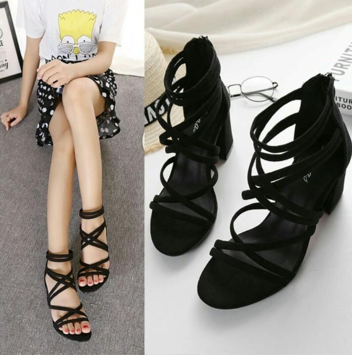 0e0111d69c6 Jual Sepatu High heels Tali Hitam Hak Lebar Sepatu wanita hak 5cm ...