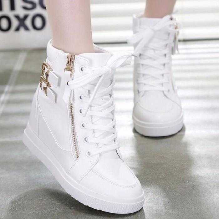 Jual Sepatu BOOTS SLETING PUTIH   Boots Wedges sneaker wanita boot ... bdf9322211
