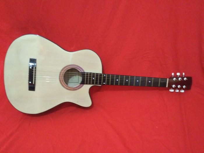 harga Gitar nilon ukuran 3/4 natural cort Tokopedia.com
