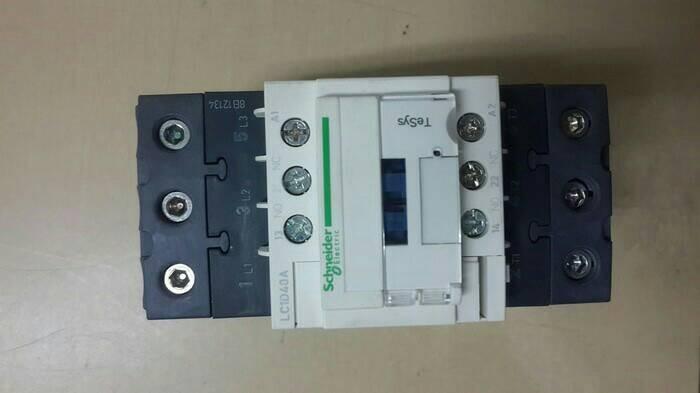 Schneider kontaktor lc1d40m7/60a.185kw.220v