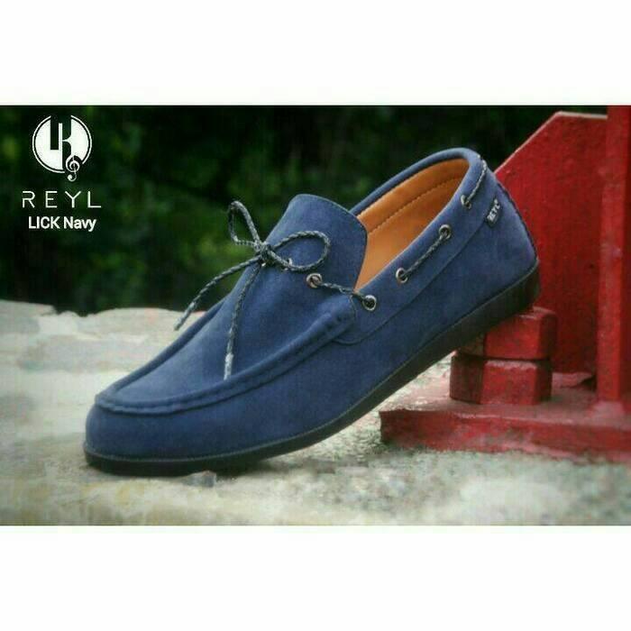 Jual Sepatu Santai REYL Lick Navy Slop Casual Slip On Pria Branded ... fcb0f9dd33
