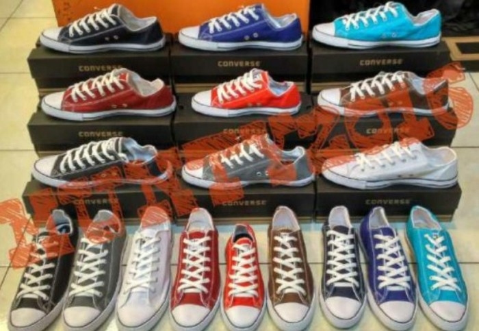 Jual Sepatu Converse All Star - Include Box - ADINDA HIJAB BANDUNG ... dd62557331