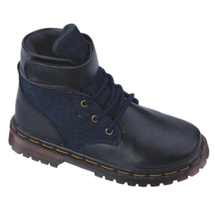 harga Sepatu boots casual anak laki-laki sintetis hitam bertali cowok keren Tokopedia.com