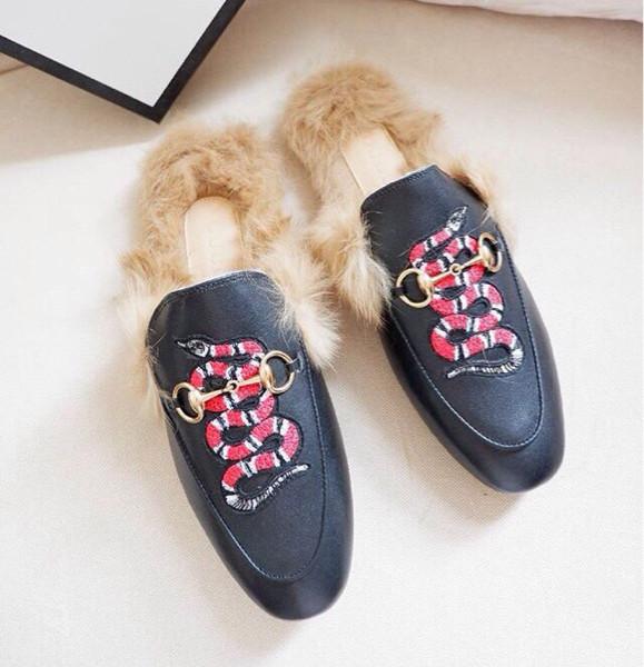 e9afb0f6a6c93 Jual Ready Gucci Slippers - Jakarta Utara - JJs Shoes   Tokopedia