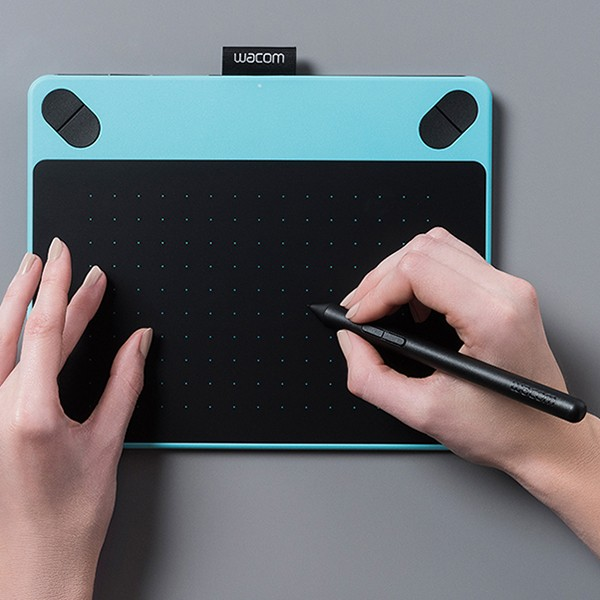 harga Wacom intuos comic pen touch small - mint blue Tokopedia.com