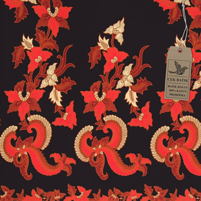 Kain Motif Batik Bunga Kraton Kombinasi Warna Hitam Manis Merah