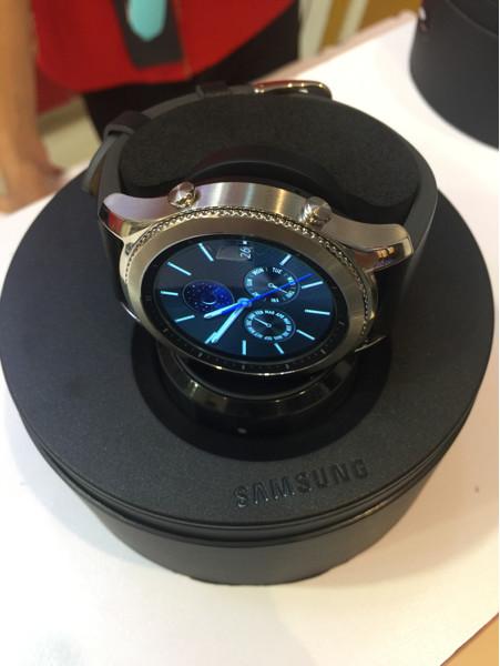 harga Samsung gear s3 classic/frontier grs 1th sein Tokopedia.com