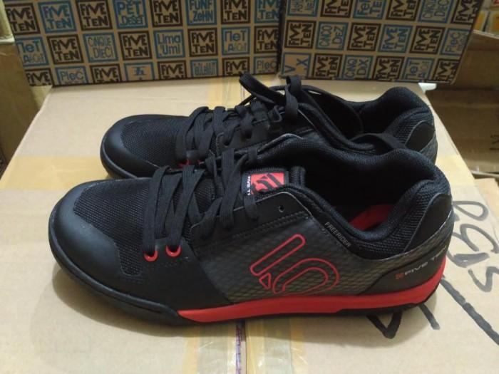 harga Five ten shoes freerider contact black red Tokopedia.com