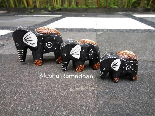 harga Patung gajah 1 set 3 / bali souvenir Tokopedia.com