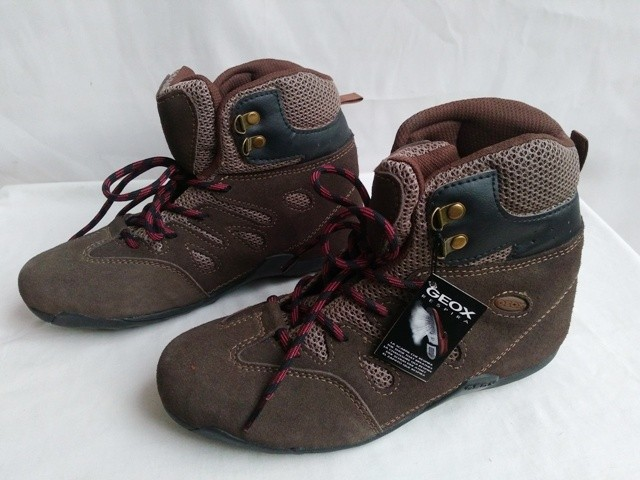 Jual Sepatu Geox respira sneaker original - NIYANSURI  9a1f6e1121
