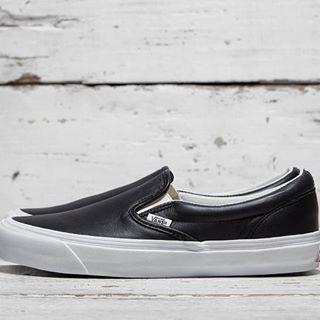 3a7430326e Jual Vans Vault OG Classic Slip On Black White - Kab. Sleman ...