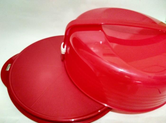 Tupperware Cake Taker / Tempat Kue Merah