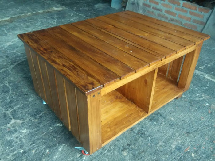 Jual meja kayu pallet industrial bisa custom Cloud Bursh