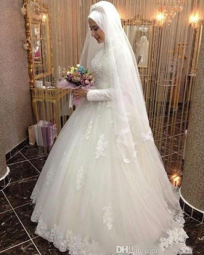 Jual gaun pengantin kembang putih weddin gown muslim baju