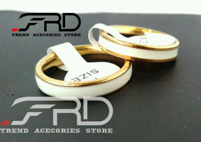 harga Cincin kawin couple titanium emas putih / ring white gold pria wanita Tokopedia.com