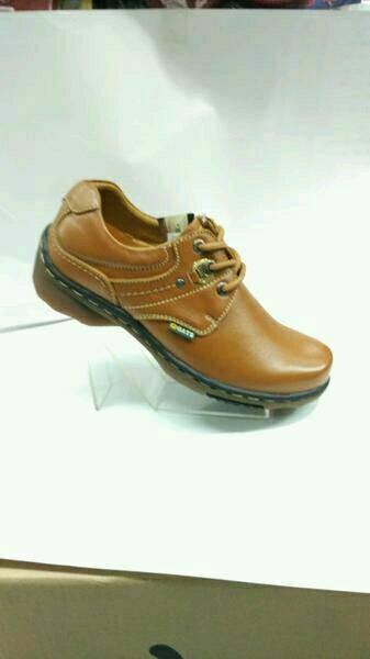 harga Sepatu kulit (gats ib 3002) tan Tokopedia.com