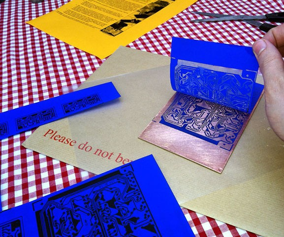 Jual kertas pcb transfer paper pcb blueprint press n peel donicova kertas pcb transfer paper pcb blueprint press n peel malvernweather Choice Image