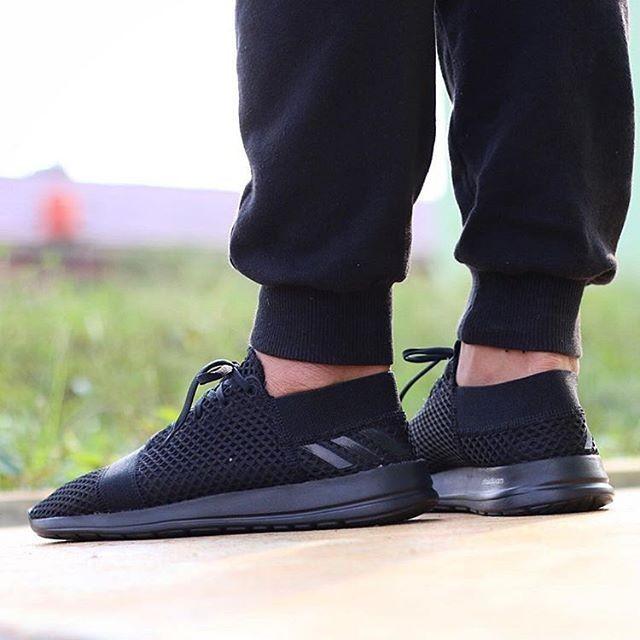 uk availability 63a4d 4e703 Jual Adidas Element Refine 3m Core Black Inesta Shoes