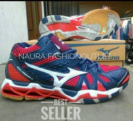 ... harga Sepatu sport mizuno wave tornado 9 mid Tokopedia.com a40e7fdb2a