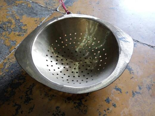 harga Cetakan kue / alat pemisah tulang ikan kuningan tebal Tokopedia.com