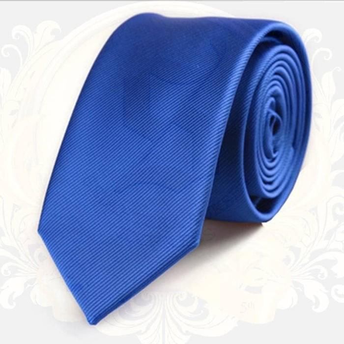 Dasi Kantor Import Pria Warna Biru Elektrik Motif Garis Halus