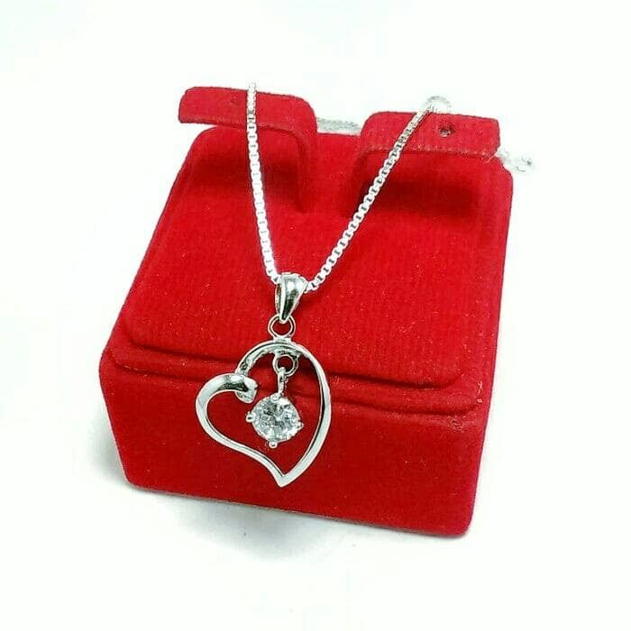harga Perhiasan kalung liontin perak silver 925 lapis emas putih/kalung love Tokopedia.com