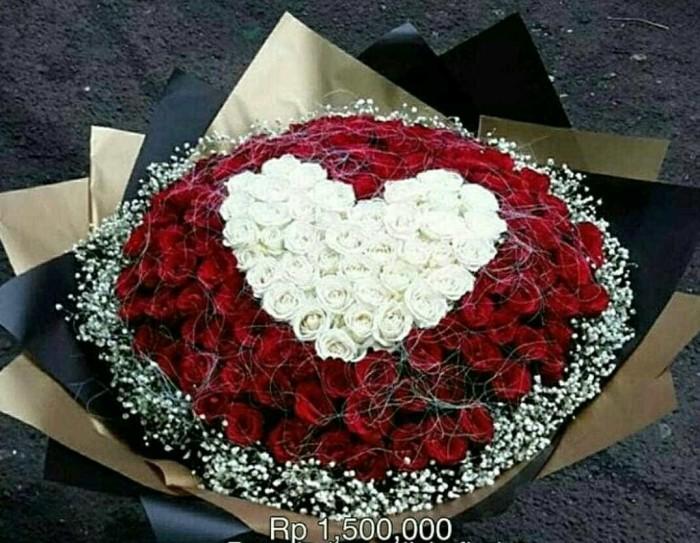 Jual Buket Bunga Mawar Bentuk Love Handbouquet Hati Jakarta