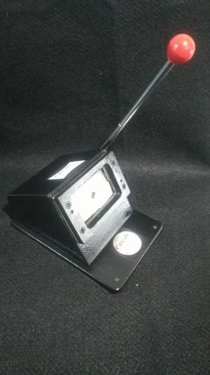 harga Alat potong plong id card mesin pemotong kartu nama Tokopedia.com