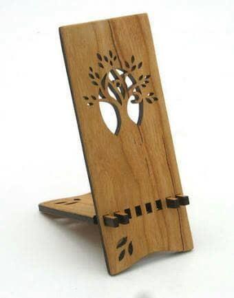 harga Souvenir kado dudukan handphone elegan walnut custom bentuk dan grafir Tokopedia.com