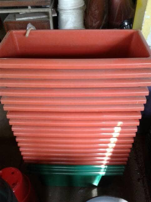 harga Pot plastik panjang persegi Tokopedia.com
