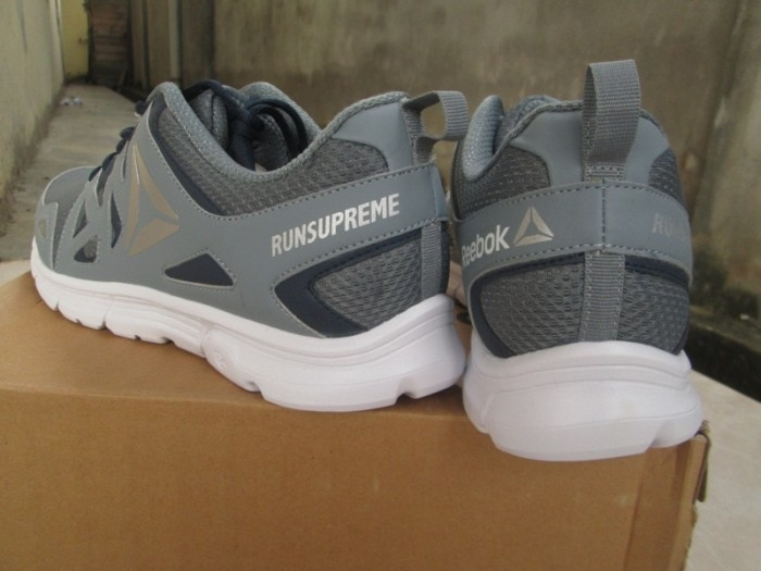 Jual Sepatu Running Reebok Run Supreme Mens Dust Navy Original Murah ... de4d73414f