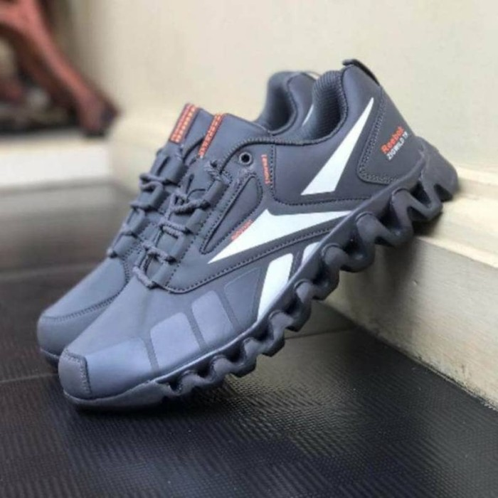 Jual Sepatu Reebok Zigwild Grade Ori   Gym Lari Running   Pria ... 882a7d1d50
